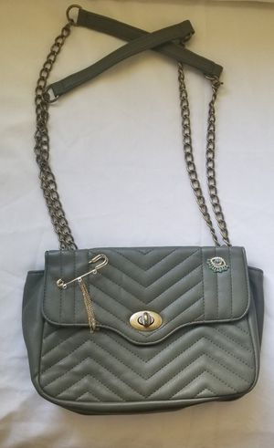 Express army green purse for Sale in Toledo, OH