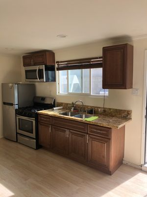 Complete Kitchen Cabinets for Sale in Burbank, CA