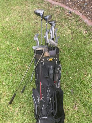 Golden Bear golf club sets with 2 putters for Sale in Scottsdale, AZ