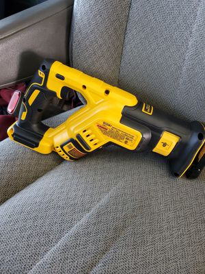 Dewalt saw sall nuevo for Sale in Oakland, CA