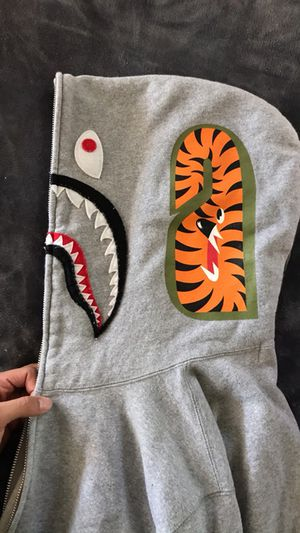 Bape hoodie for sale size XL for Sale in Downey, CA