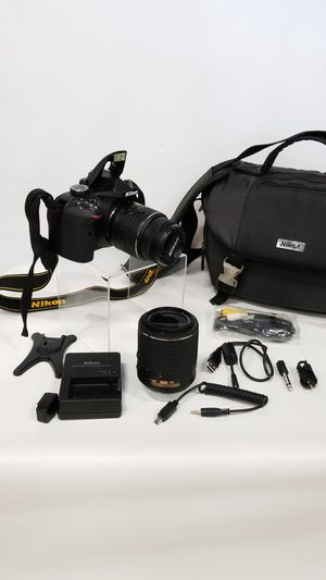 Nikon 24.2MP DSLR Bundle (773943-1) for Sale in Tacoma, WA