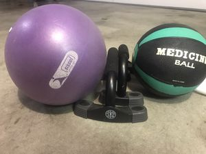 Medicine ball , exercise tone ball & golds gym push-up stands - I SHIP - Home workout for Sale in Indianapolis, IN