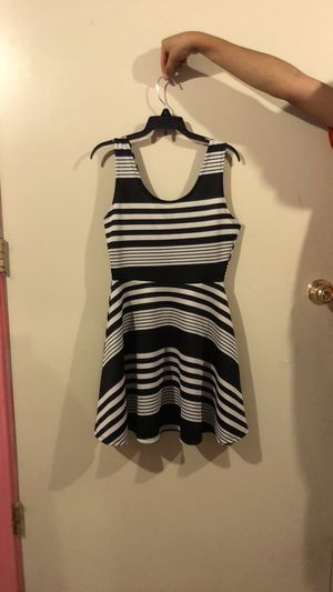 Black and white stripped dress for Sale in Wenatchee, WA