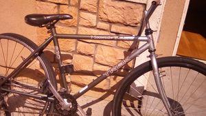 X Caliber 8 Trek Mountain Bike for Sale in El Monte, CA