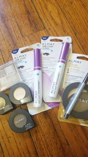 Almay makeup bundle for Sale in St. Louis, MO