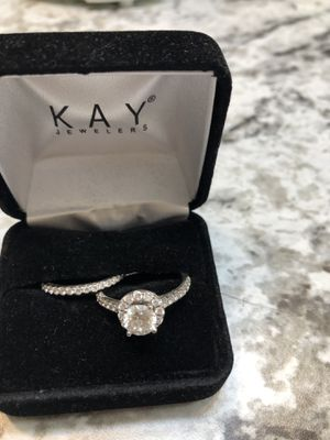 Size 8 wedding and engagement ring for Sale in Summerville, SC