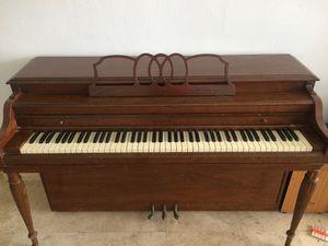 Upright Piano for Sale in Miami, FL