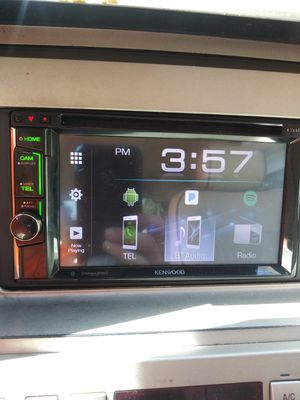 Kenwood 6and a half inch touchscreen deck Polk audio 12s for Sale in Lathrop, CA