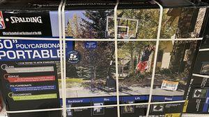 "Spalding basketball hoop 50"" for Sale in Homestead, FL"