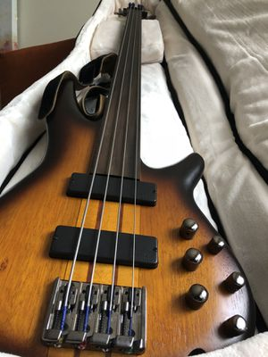 Ibanez Portamento, Fretless 4 string bass. Like new!! for Sale in San Diego, CA