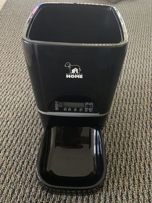 Automatic pet feeder for Sale in San Luis Obispo, CA