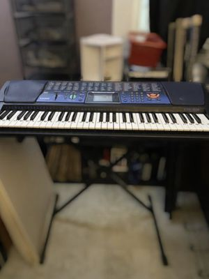 61 key Casio piano with power cord for Sale in Houston, TX