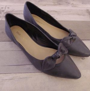 Leather pointed toe bow flats like new for Sale in Lynchburg, VA
