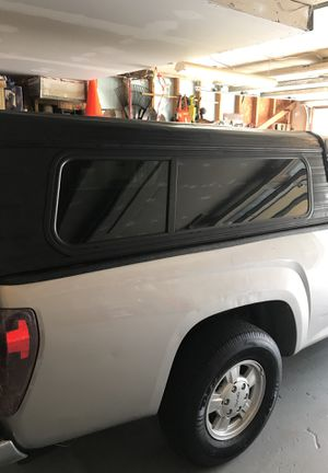 79X58 truck camper with key for Sale in GA, US