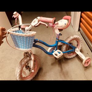 Girls Bike Good Condition for Sale in Cambridge, MA