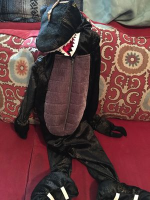 Dinosaur costume. for Sale in Frankfort, KY