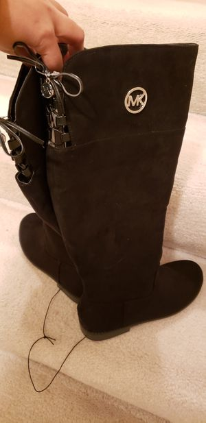Brand new Michael Kors Boots for Sale in Redmond, WA