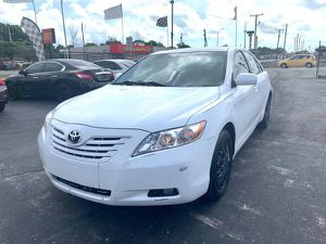 2008 Toyota Camry XLE for Sale in Miami, FL