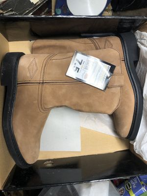 Diamondback work boots for Sale in Queens, NY