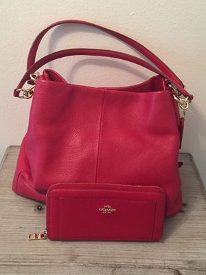 Coach Large Handbag with matching large wallet (small wallet option-see description) for Sale in Tampa, FL