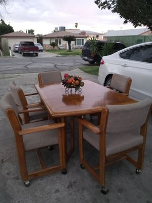 Table and chairs for Sale in San Bernardino, CA