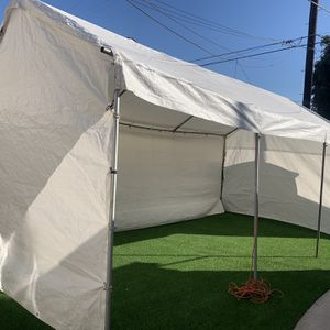 Jumper And Tents R.E.N.T. for Sale in Lynwood, CA