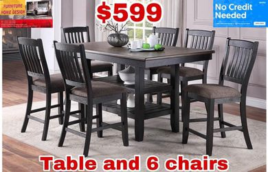 Table And 6 chairs  for Sale in Visalia, CA