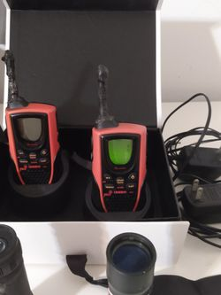 2 Walky Talky + 😍 2 Pocket Monocular 😍 Great For Fishing & Hunting & Hiking ❤️ (Battery Not Included) Or Pick Up & Save😁Well Sanitized👍 for Sale in Kissimmee,  FL