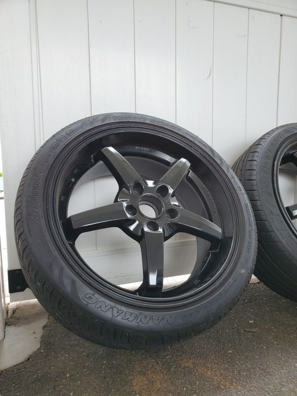 18 inch gloss black rims /w new tires
