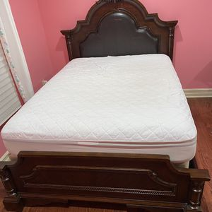 Full Size Bed for Sale in West Bloomfield Township, MI