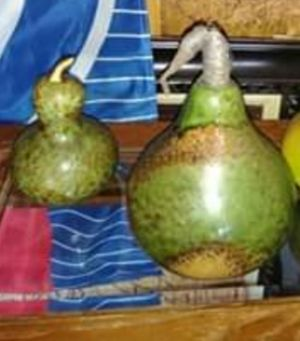 Adorable set of decorative pears for Sale in Merrionette Park, IL