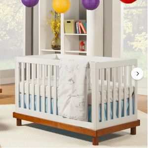 Crib/ Toddler Bed + Organic Mattress +Bedding+ Solid Wood Toys for Sale in Miami, FL