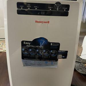 Honeywell Portable Air Conditioner for Sale in Costa Mesa, CA