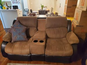 Recliner sofa with manual handle for Sale in Los Angeles, CA