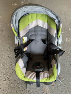 Car seat for Sale in LOEHMANNS PLZ, NY