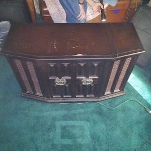 Old Phono Player Cabinet for Sale in Elmendorf, TX