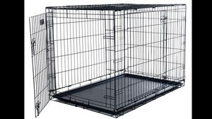 "Metal dog crate - newer XL: 25"" wide x 42"" long x 30"" high for Sale in Waterloo, IL"