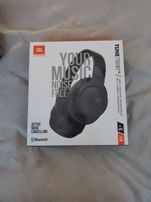 Jbl headphones for Sale in New Haven, CT