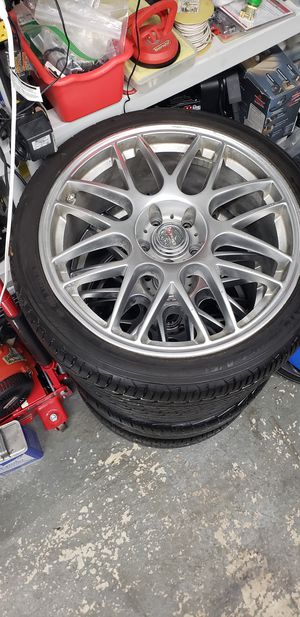 """19 inch wheels Rims and tires 5x114.3 staggered 19"""" 5 Lugs for Sale in Roselle, NJ"""