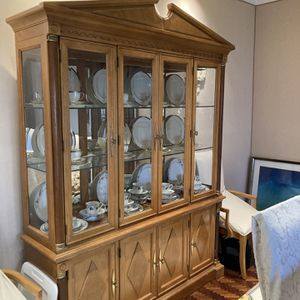 Stanley Capri China Cabinet and Table for Sale in Rockville, MD