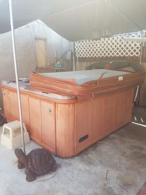 Free Jacuzzi Hot tub for Sale in Los Angeles, CA