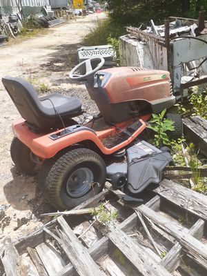 Scotts Lawn Mower 52 inch Cut ,Briggs & Stratton engine for Sale in Brentwood, TN