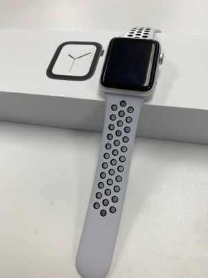 Apple Watch Series 2 42mm for Sale in Tacoma, WA