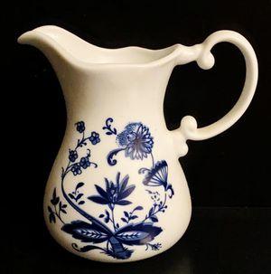 Vintage Collectible Porcelain Zwiebelmuster Echt Royal Blue Kobalt Spülmaschinenfest Classy Coffee Tea Creamer Pot Home Kitchen Decoration Accent for Sale in Chapel Hill, NC