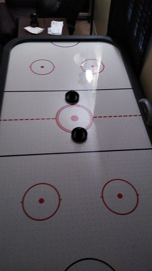 6 foot air hockey table with pucks for Sale in Conroe, TX