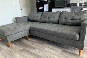 Free Couch for Sale in Fallbrook, CA