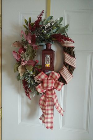 Holiday grapevine wreath for Sale in Rhinelander, WI