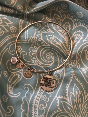 Alex and Ani It's not a sprint it's a marathon expandable charm bracelet. Russian silver for Sale in Westerville, OH