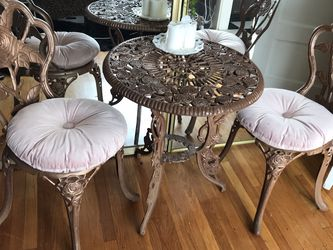Iron Rose Garden Bistro Dining Set for Sale in Portland,  OR
